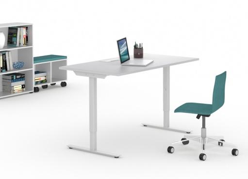 Augstumā regulējami biroja galdi